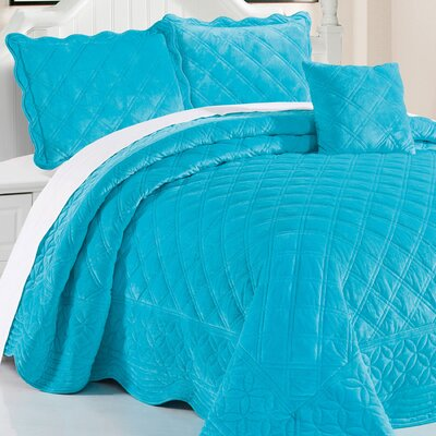 Alexander�4 Piece Quilt Set Size: King, Color: Scuba Blue