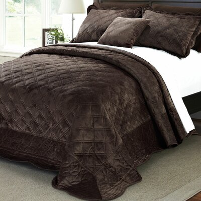 Alexander�4 Piece Quilt Set Size: Queen, Color: Chocolate