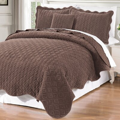 Square Diamond 4 Piece Coverlet Set Size: Queen, Color: Chestnut