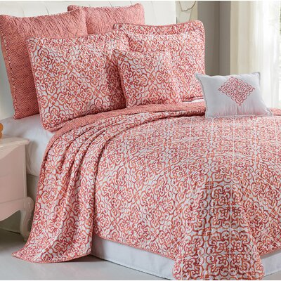 Revington 7 Piece Quilt Set Size: King