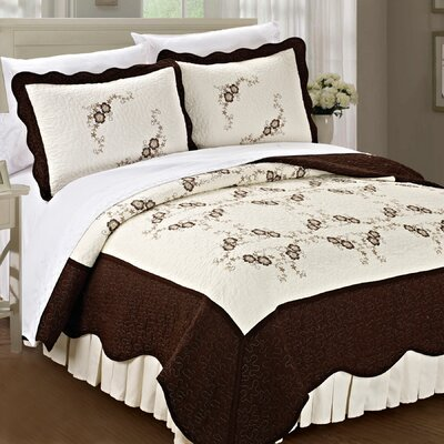 Chrysanthemum Quilted 3 Piece Coverlet Set Size: King, Color: Chocolate