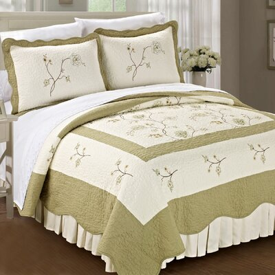 Spring Flowers Quilted 3 Piece Coverlet Set Size: King, Color: Green