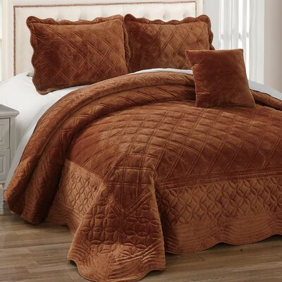 Alexander�4 Piece Quilt Set Size: Queen, Color: Brick