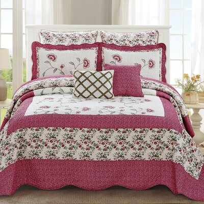 Maribel Traditional 7 Piece Quilt Set Color: Pink, Size: King