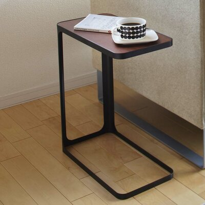 Frame End Table Color: Black