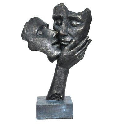 Kissing Couple Faces Figurine C211-123076