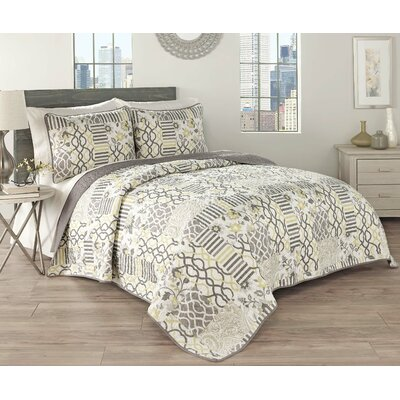 Set in Spring 3 Piece Reversible Quilt Set Size: King
