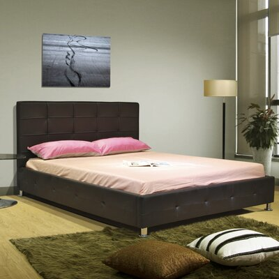 Upholstered Platform Bed Size: Queen, Color: Chocolate