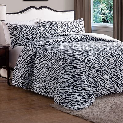 Payton Animal Faux Fur Comforter Size: Queen