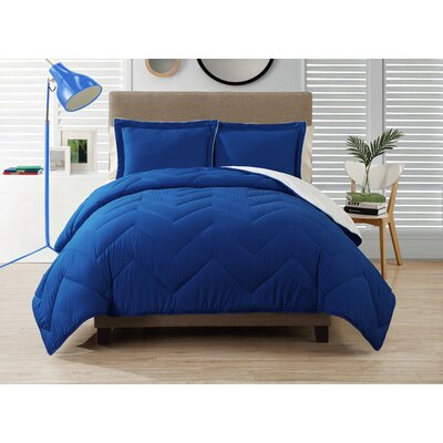 Caribbean Joe 3 Piece Queen Reversible Comforter Set Color: Navy
