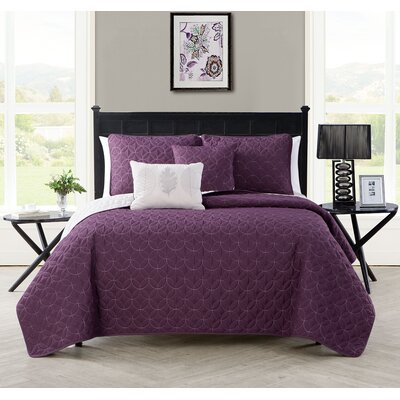 Hayden 5 Piece Reversible Coverlet Set Color: Black, Size: Queen