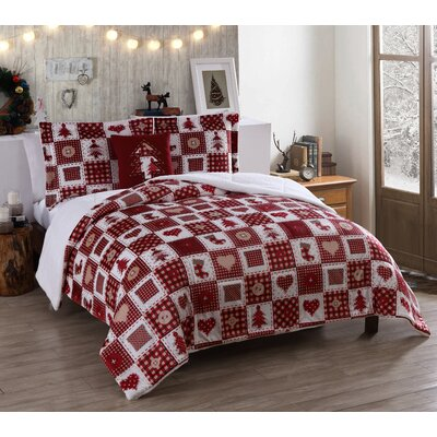 Holiday Patchwork Micro Mink Comforter Set Size: King
