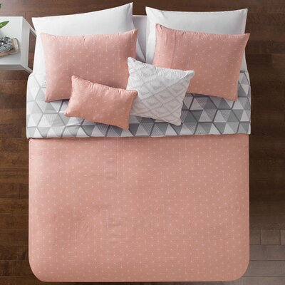 Vercher Reversible Comforter Set Size: King