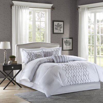 Iris 7 Piece Comforter Set Size: King
