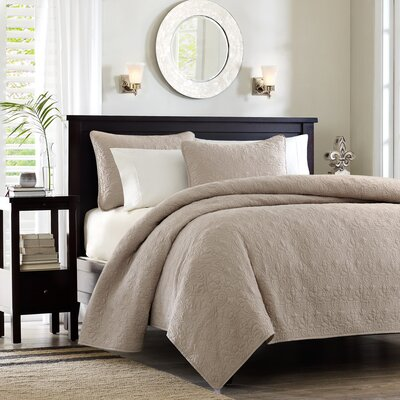 Quebec Coverlet Set Size: Full / Queen, Color: Khaki