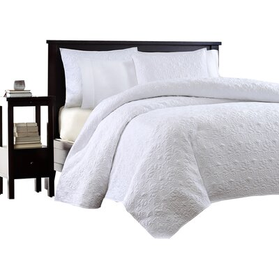 Hanna Coverlet Set Size: Full / Queen, Color: White