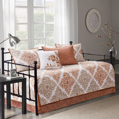 Farnham 6 Piece Daybed Set Color: Spice