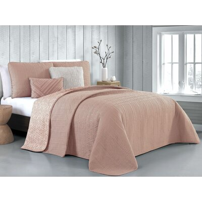 Hutton 5 Piece Reversible Quilt Set Color: Blush, Size: King