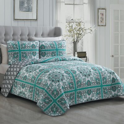 Cilla 3 Piece Reversible Quilt Set Size: King