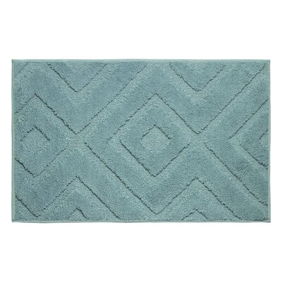 Plush Bath Mat Size: 24 x 17
