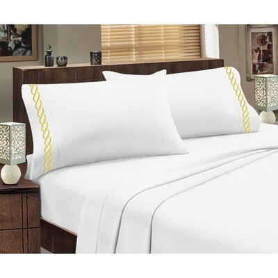 Greek Sheet Set Color: White/Gold, Size: Queen