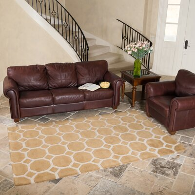 Hand-Tufted Tan Area Rug Rug Size: 5 x 8