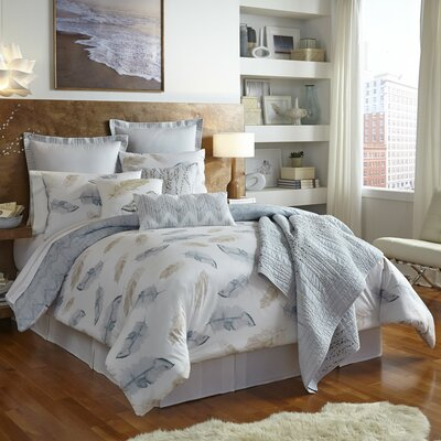 Feather Comforter Set Size: Full/Queen