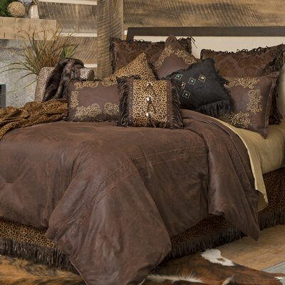 Gold Rush Reversible Comforter Set Size: Full/Queen