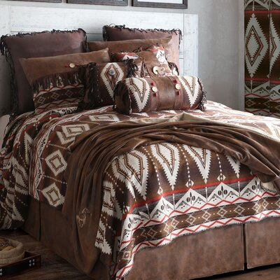 Pecos Trail Reversible Comforter Set Size: Queen