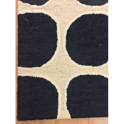Wool Hand-Tufted Ivory/Black Area Rug