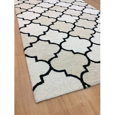 Wool Hand-Tufted Ivory/Beige Area Rug Rug Size: 6