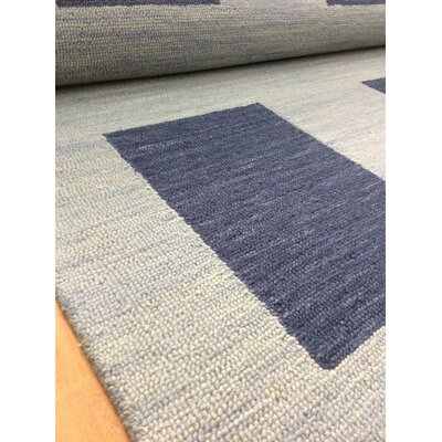 Wool Hand-Tufted Blue Area Rug