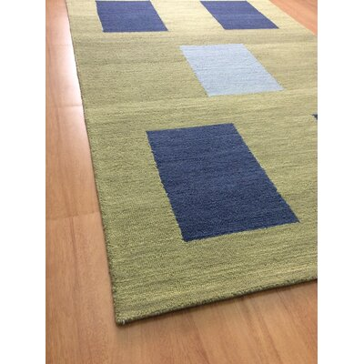 Wool Hand-Tufted Green/Blue Area Rug