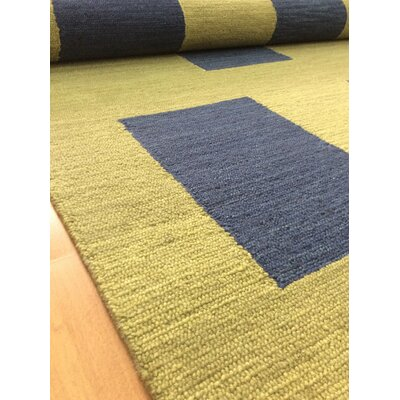 Wool Hand-Tufted Green/Navy Blue Area Rug