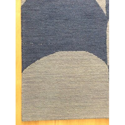 Wool Hand-Tufted Silver/Blue Area Rug