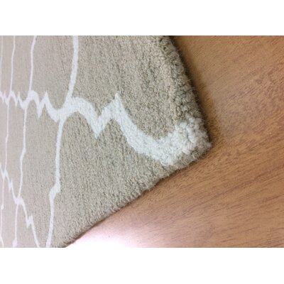 Wool Hand-Tufted Beige/Ivory Area Rug