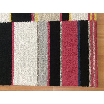 Wool Hand-Tufted Red/Black Area Rug