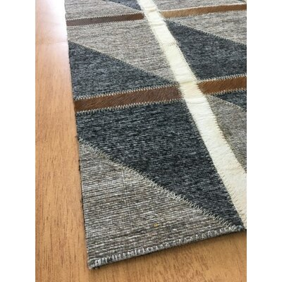 Hand-Woven Brown/Charcoal Area Rug Rug Size: 6 x 9