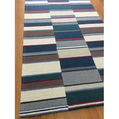 Hand-Woven Ivory/Blue Area Rug Rug Size: 5 x 8
