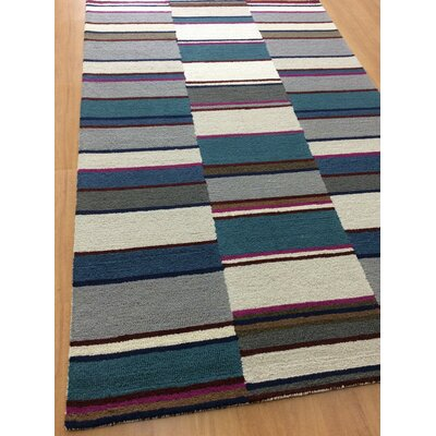 Hand-Woven Gray/Blue Area Rug Rug Size: 5 x 8