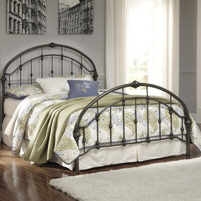 Lukeson Panel Bed Size: King