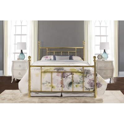Applecrest Panel Bed Size: Queen