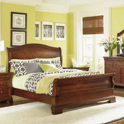 Edith Sleigh Bed Size: King