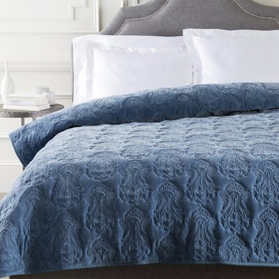 Norah Duvet Cover Color: Marine, Size: King