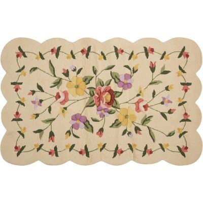 Cherie Ivory/Green Area Rug
