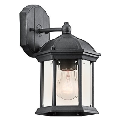 Rylan 1-Light Outdoor Wall Lantern