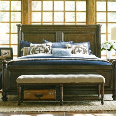 Finnegan Traditional Platform Bed Size: California King