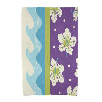 Floral Print Beach Towel Color: Light Green