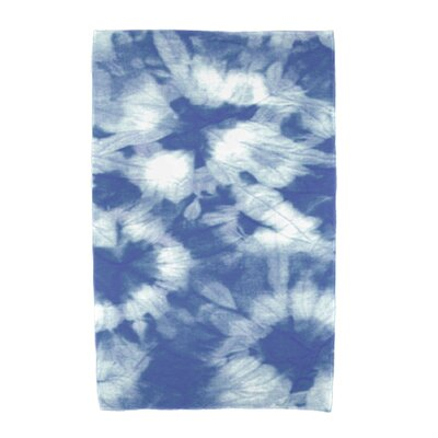Chilla Geometric Print Beach Towel Color: Blue
