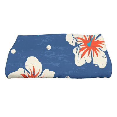 Golden Beach Hibiscus Blooms Floral Print Bath Towel Color: Blue